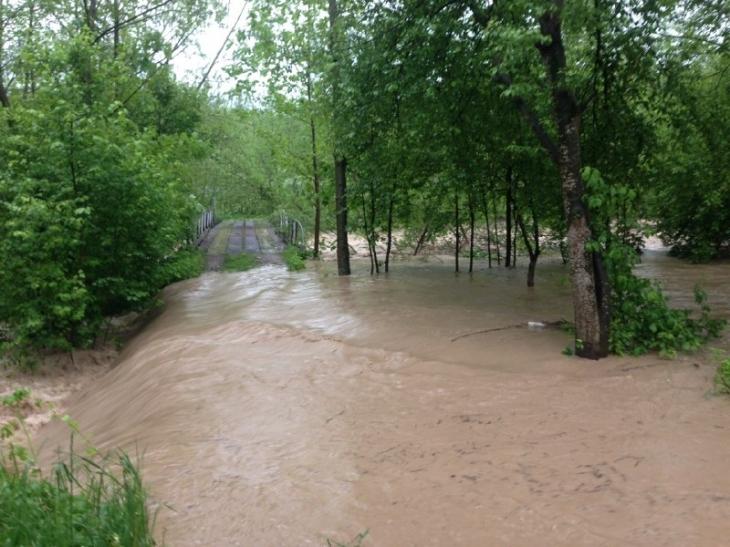 Після сильної зливи на Богородчанщині змиває село Саджаву (фото+відео)