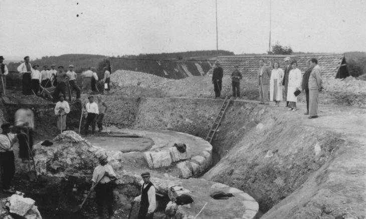 Розкопки Успенського собору Я. Пастернаком, 1936 р.