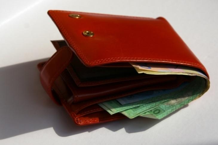 У Тлумачі жінка самостійно затримала викрадачку гаманця на ринку