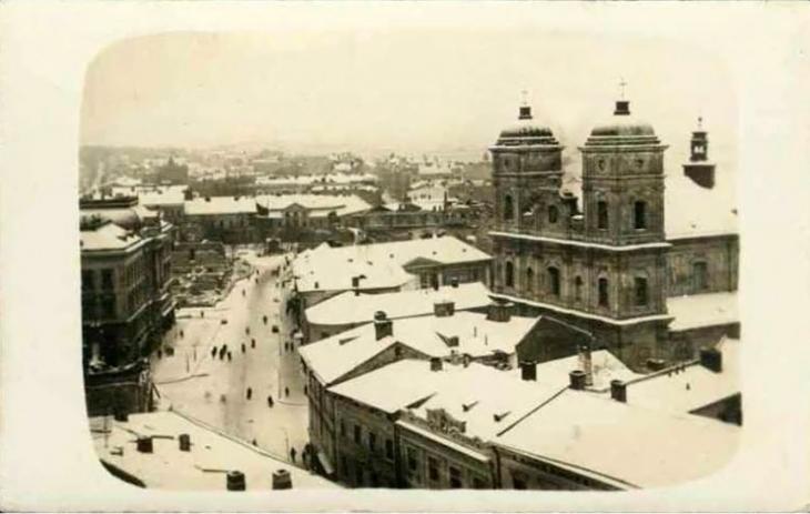 Станиславівські оголошення: як у місті сто років тому сніг прибирали