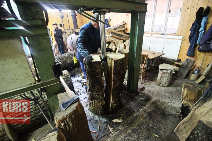 Коли є клепка: у Богородчанах роблять бочки для французького коньяку та шотландського віскі 6