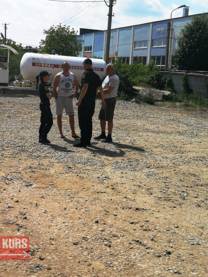 Як працюють нелегальні АЗС в Івано-Франківську, яким міська влада оголосила війну 4