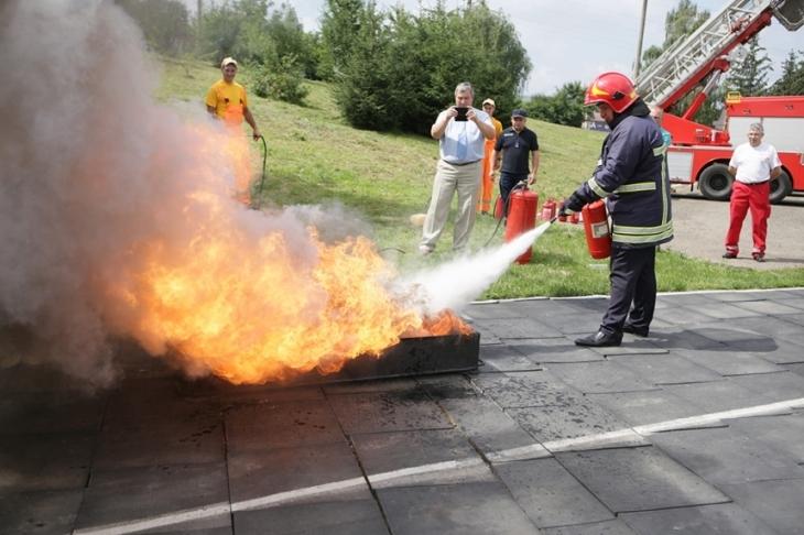 У Франківську відбулися змагання пожежників (відеосюжет)