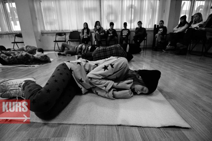 Янгол у пітьмі: у Франківську готують виставу про безпритульних дітей. ВІДЕО 4