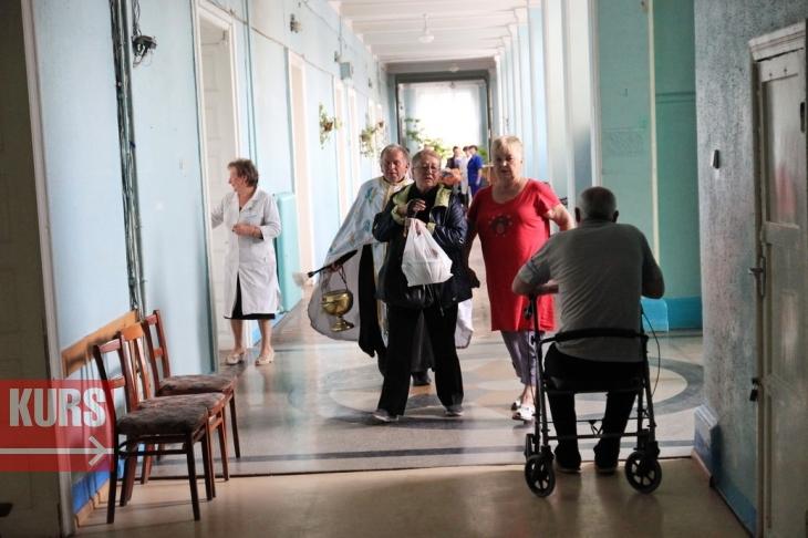 У міській лікарні №1 Івано-Франківська відремонтували палати. ФОТО 8