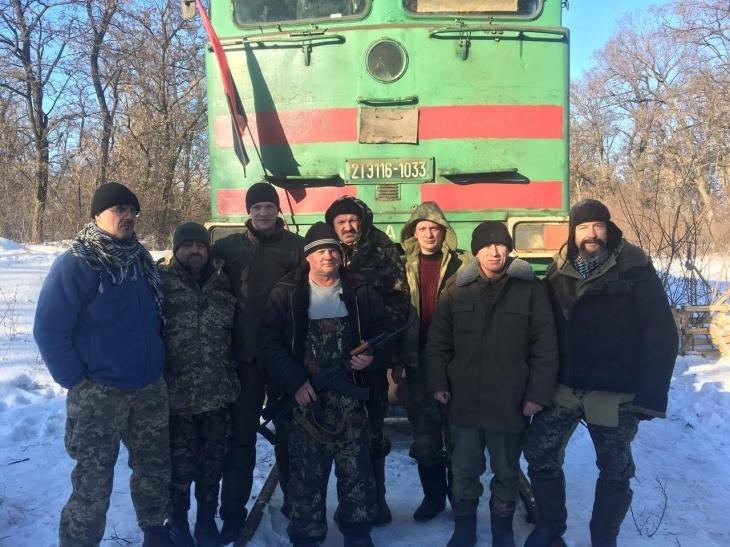"""Депутат міськради, """"укропівець"""" Віталій Мерінов бере участь у блокаді торгівлі з окупантами. ФОТО 2"""