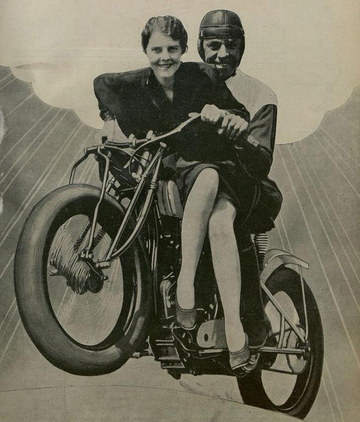 Станиславівські оголошення: мотоцикли старого міста 2