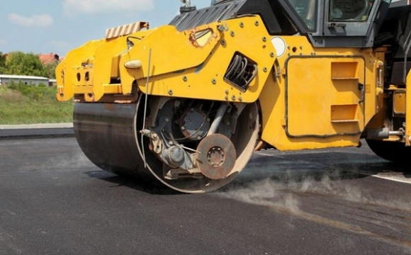 На ремонт доріг Прикарпаття у наступному році виділили три мільярди гривень (відеосюжет)