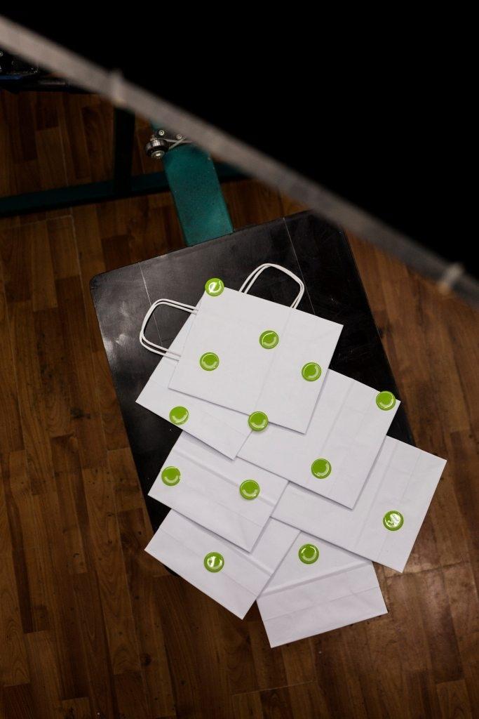 """Брендований подарунок планеті: франківська """"Паперівка"""" відмовляється від пластикових пакетів 2"""