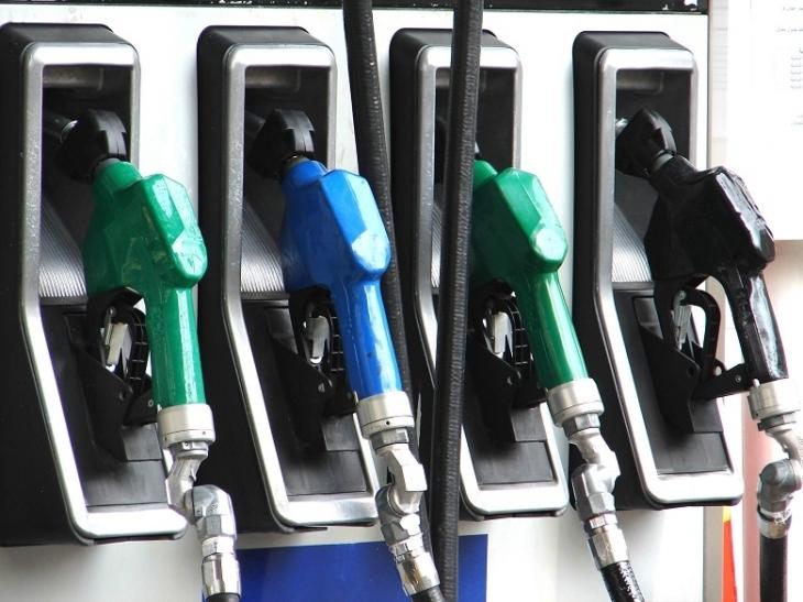 На Прикарпатті на нелегальній заправці виявили пального на 1,1 млн грн