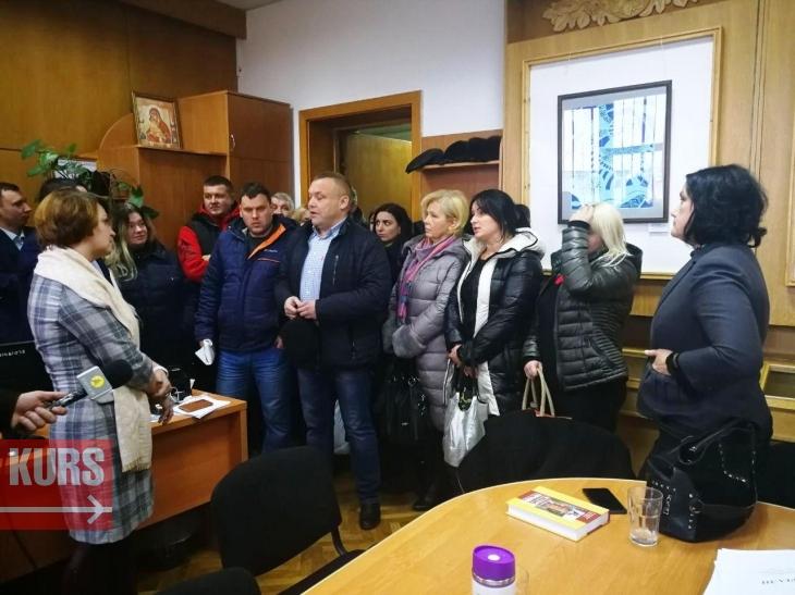 https://kurs.if.ua/media/gallery/full/p/h/photo_2018-11-26_15-00-06.jpg