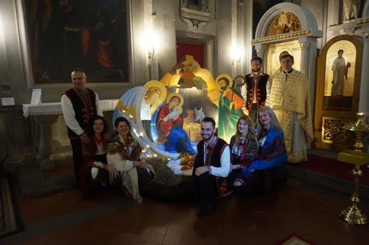 Різдвяна шопка з Надвірної прикрасила храм у Флоренції. ФОТО, ВІДЕО 1