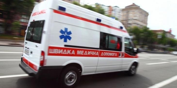 В Івано-Франківській області жінка на ходу випала з рейсового автобуса – зараз вона в лікарні