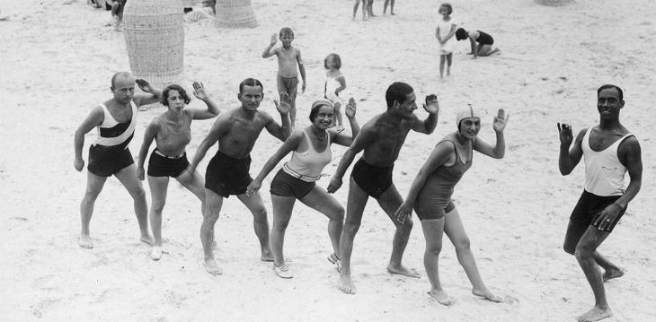 Фото ілюстративне, пляж у Трускавці в 1930-х роках