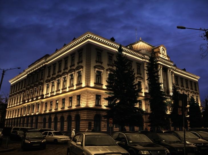 У Франківську освітять фасади ратуші та поліклініки на Франка. ПРОЕКТ 2