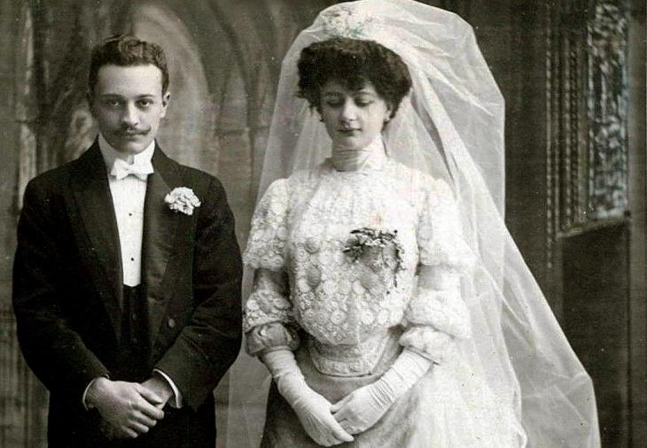 Весільна пара в церкві. Поч. ХХ ст.