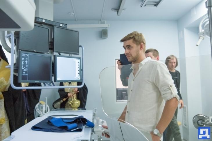 За сприяння Андрія Іванчука у Коломиї запрацював ангіограф – унікальний апарат для діагностики серцевих захворювань. ФОТО 18