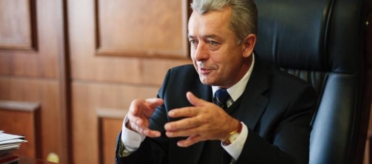 Екс-мер Франківська Віктор Анушкевичус хоче позбутися депутатського мандата