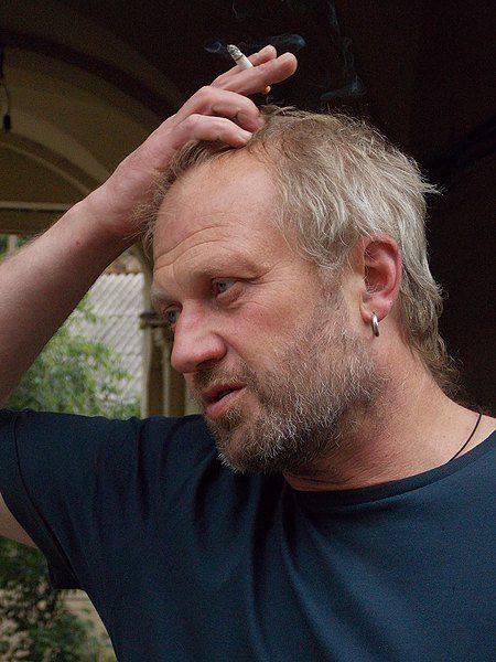"""Тарас Прохасько: """"Є багато людей в Україні, яким на війні і з війною жити добре"""" 2"""