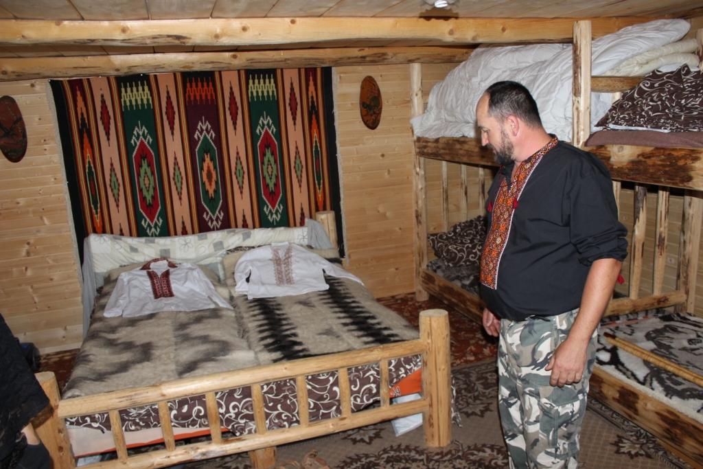 Карпатські праліси і високі полонини: КУРС побував у місцях, де ведмеді приходять у гості 46