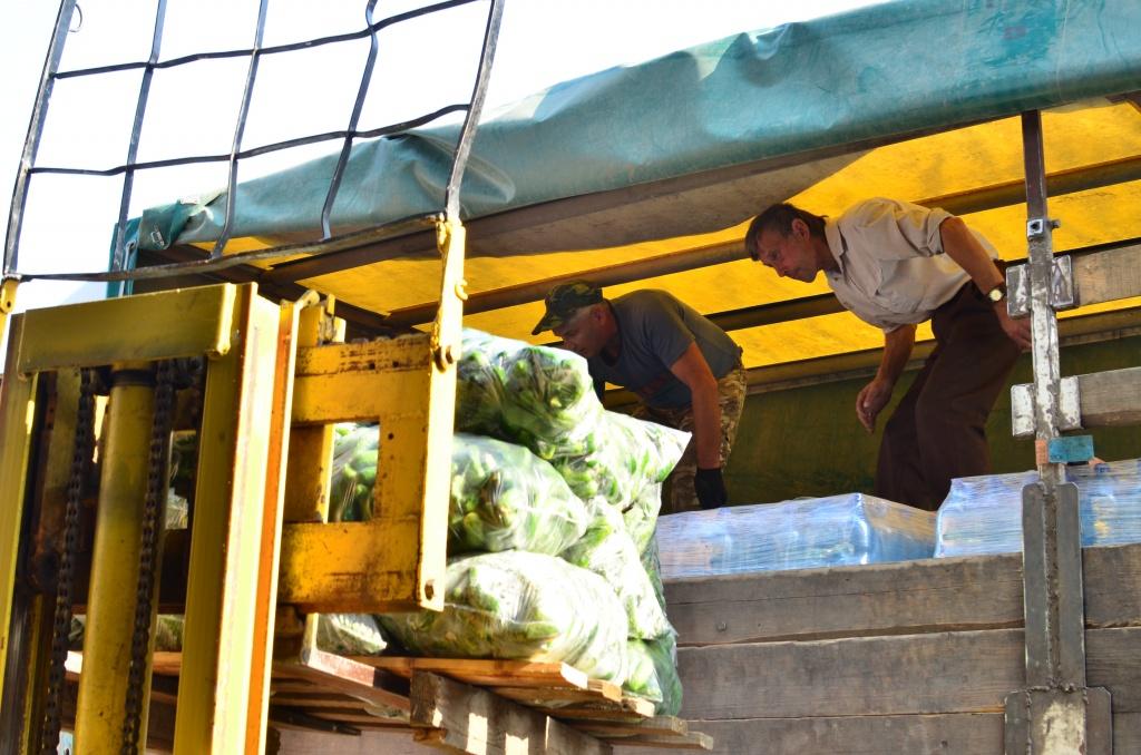Волонтери з Коломиї доставлять українським військовим понад 28 тонн вантажу 4