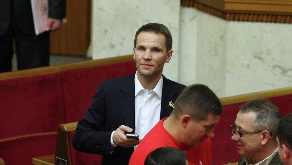 """Юрій Дерев'янко: """"На жаль, нинішній парламент навіть більш проолігархічний, ніж минулий"""" 8"""