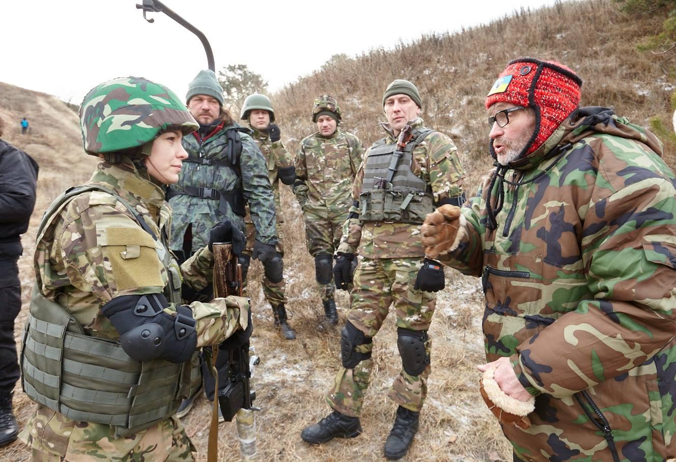 Олексій Шапарев: У кожного своя війна, і якщо не в окопі на передовій, то хоча б свої знання і талант застосую в боротьбі за Україну 2