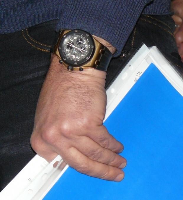"""Прикарпатський нардеп """"засвітив"""" годинник з рожевого золота за 450 тисяч гривень 4"""