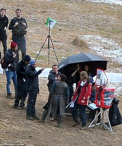"""У соцмережах з'явився фотодоказ, що Джона Сноу """"оживили"""" у новому сезоні """"Гри престолів"""" 2"""