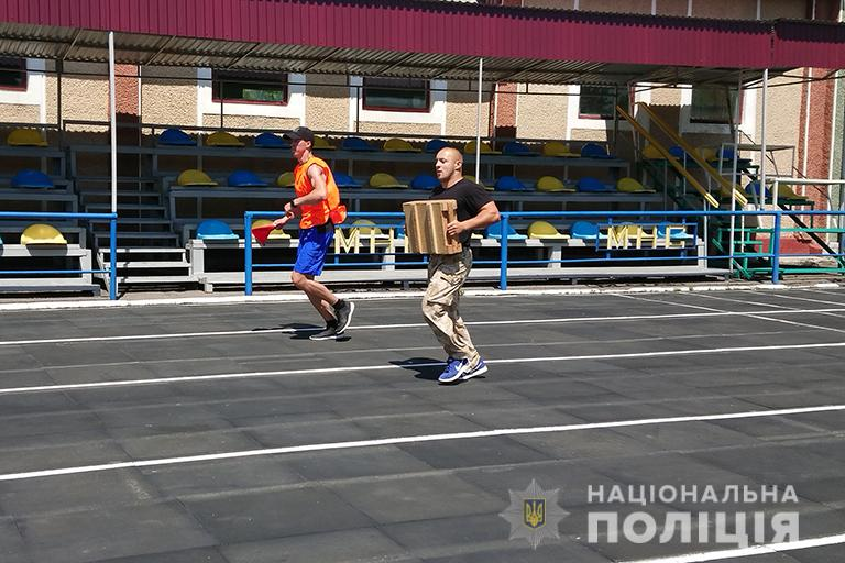 У Франківську відбулися змагання з багатоборства серед поліцейських 10