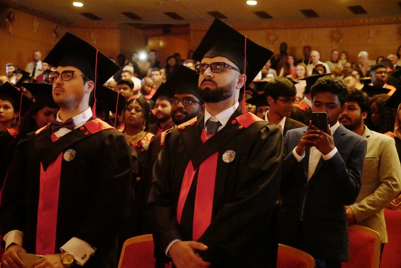 Іноземні студенти-медики у Франківську склали присягу лікаря і отримали дипломи 10