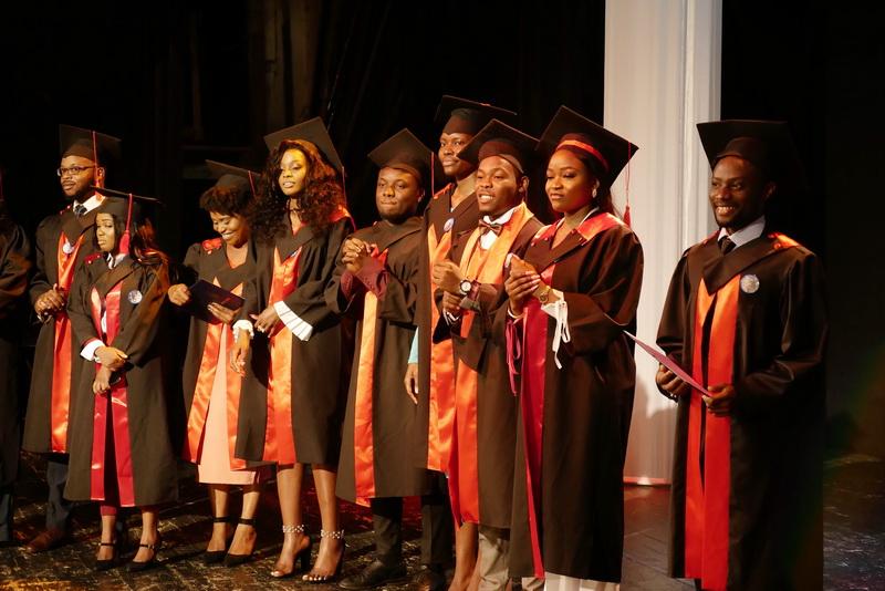 Іноземні студенти-медики у Франківську склали присягу лікаря і отримали дипломи 22