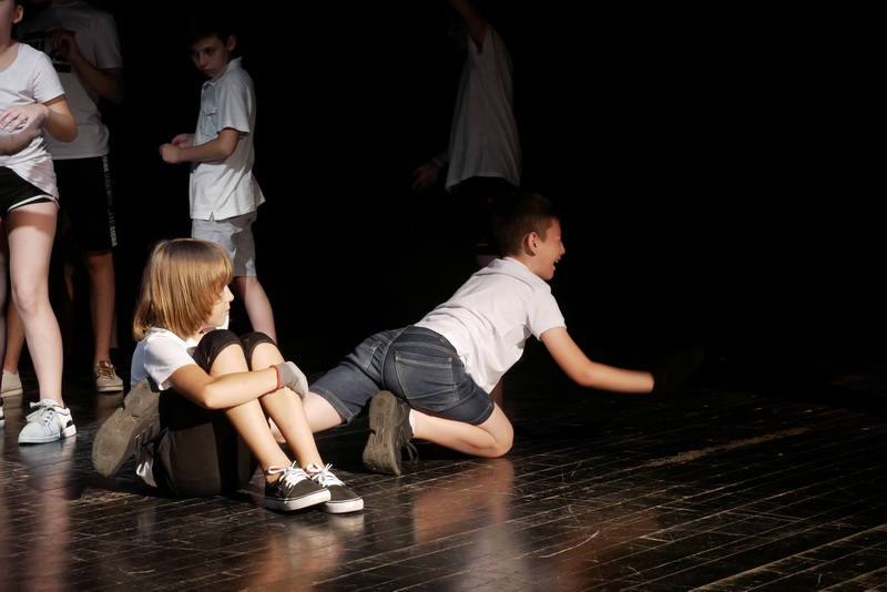 """Дитяча театральна майстерня"" у Франківську показала виставу про бабая Йохана 8"