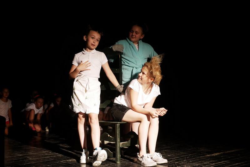 """Дитяча театральна майстерня"" у Франківську показала виставу про бабая Йохана 20"