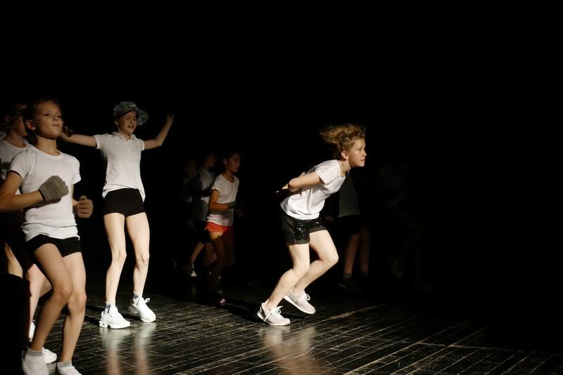 """Дитяча театральна майстерня"" у Франківську показала виставу про бабая Йохана 30"