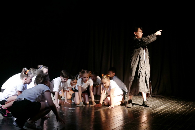 """Дитяча театральна майстерня"" у Франківську показала виставу про бабая Йохана 13"