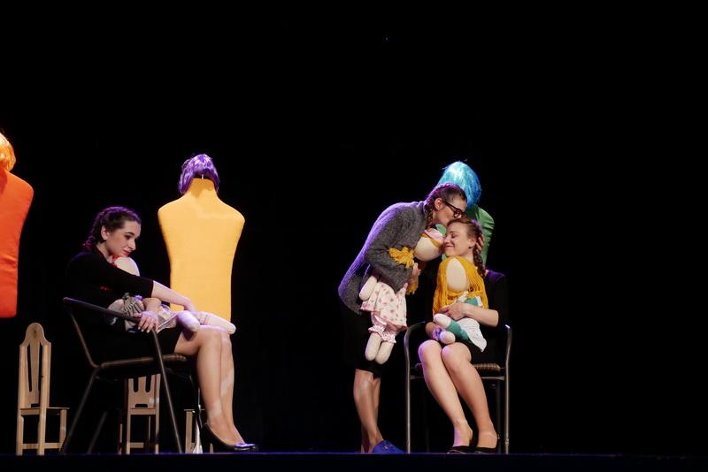 """У театрі ляльок показали виставу для дорослого глядача """"Усе про жінок"""" 8"""
