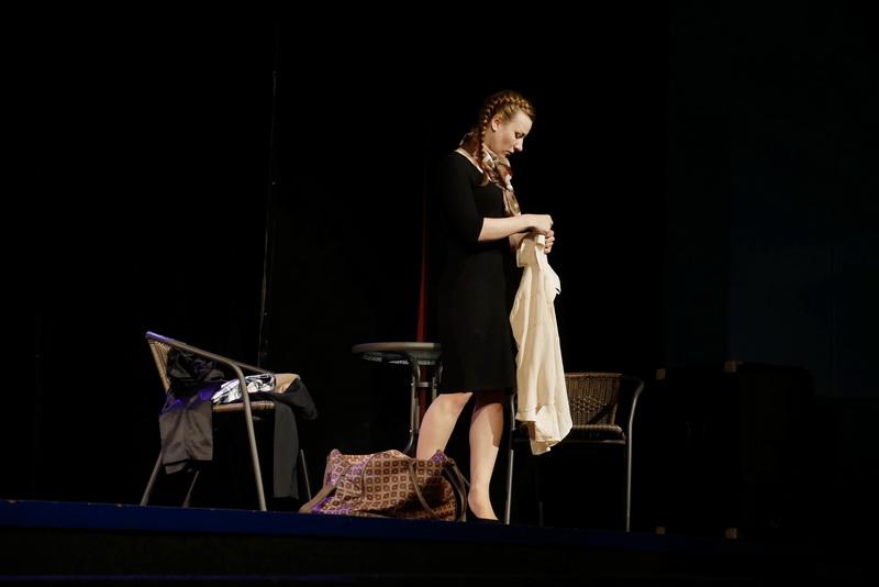 """У театрі ляльок показали виставу для дорослого глядача """"Усе про жінок"""" 13"""