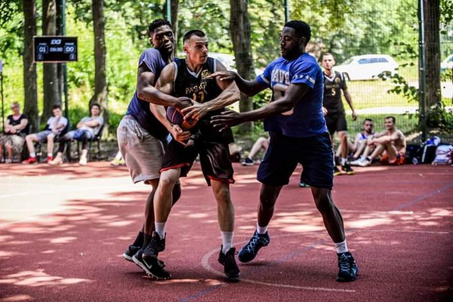 Студентська команда ІФНМУ перемогла на відбірковому турнірі Української суперліги з баскетболу 1