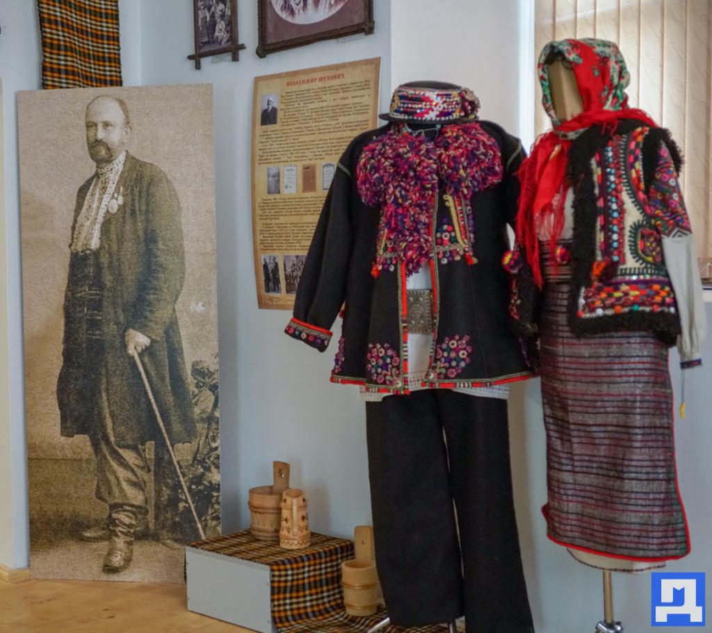 У Тишківцях відкрили музей-резиденцію родини Шухевичів 3