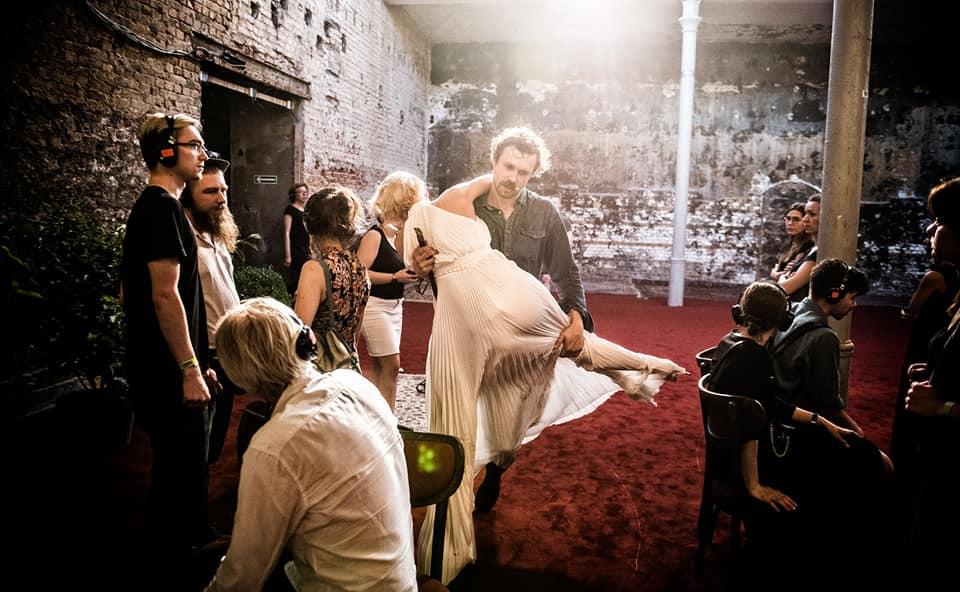 Вистава на скотобійні: франківець Роман Луцький у Театрі Польскому грає Гамлета 8