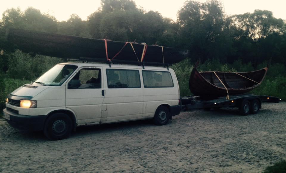 Франківці середньовічним човном прибули на історичний фестиваль у  Коростені 2