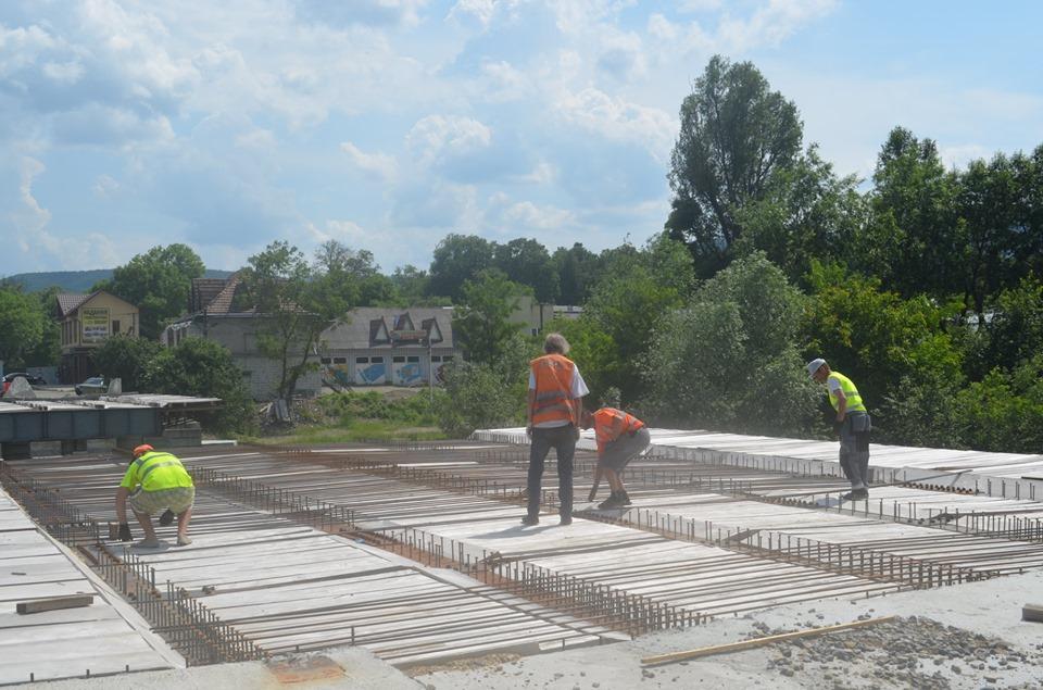 У Косові добудовують новий міст 2