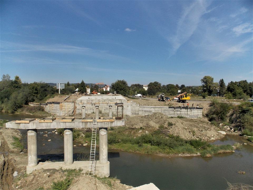 У Косові добудовують новий міст 3