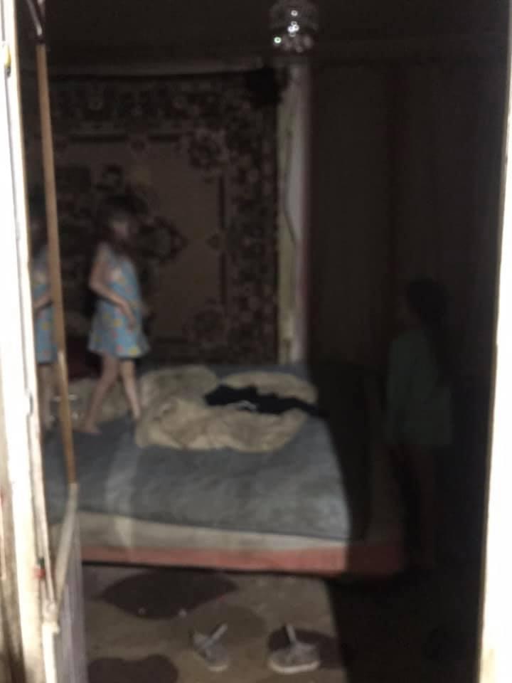 У п'яної мами в Надвірній вилучили трьох дітей. ОНОВЛЕНО 4