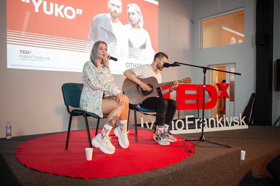 На що мотивують невдачі: у Франківську пройшов TEDx 16