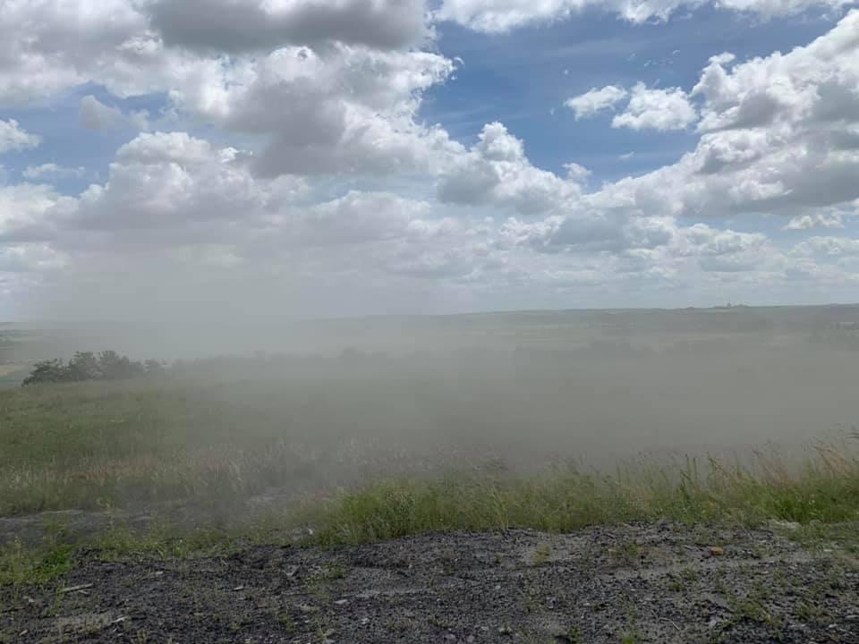 """Комісія щодо """"пилової бурі"""" на золовідвалі Бурштинської ТЕС пройшла без екоінспекції 2"""