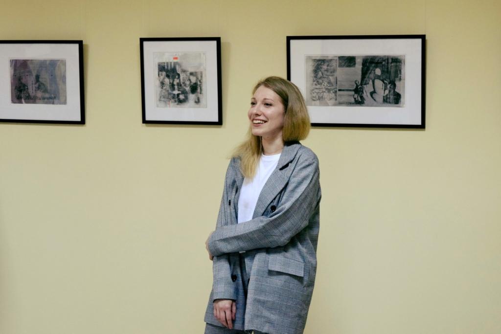 Папір і метал: у Франківську відкрили виставку оригінальної графіки 3