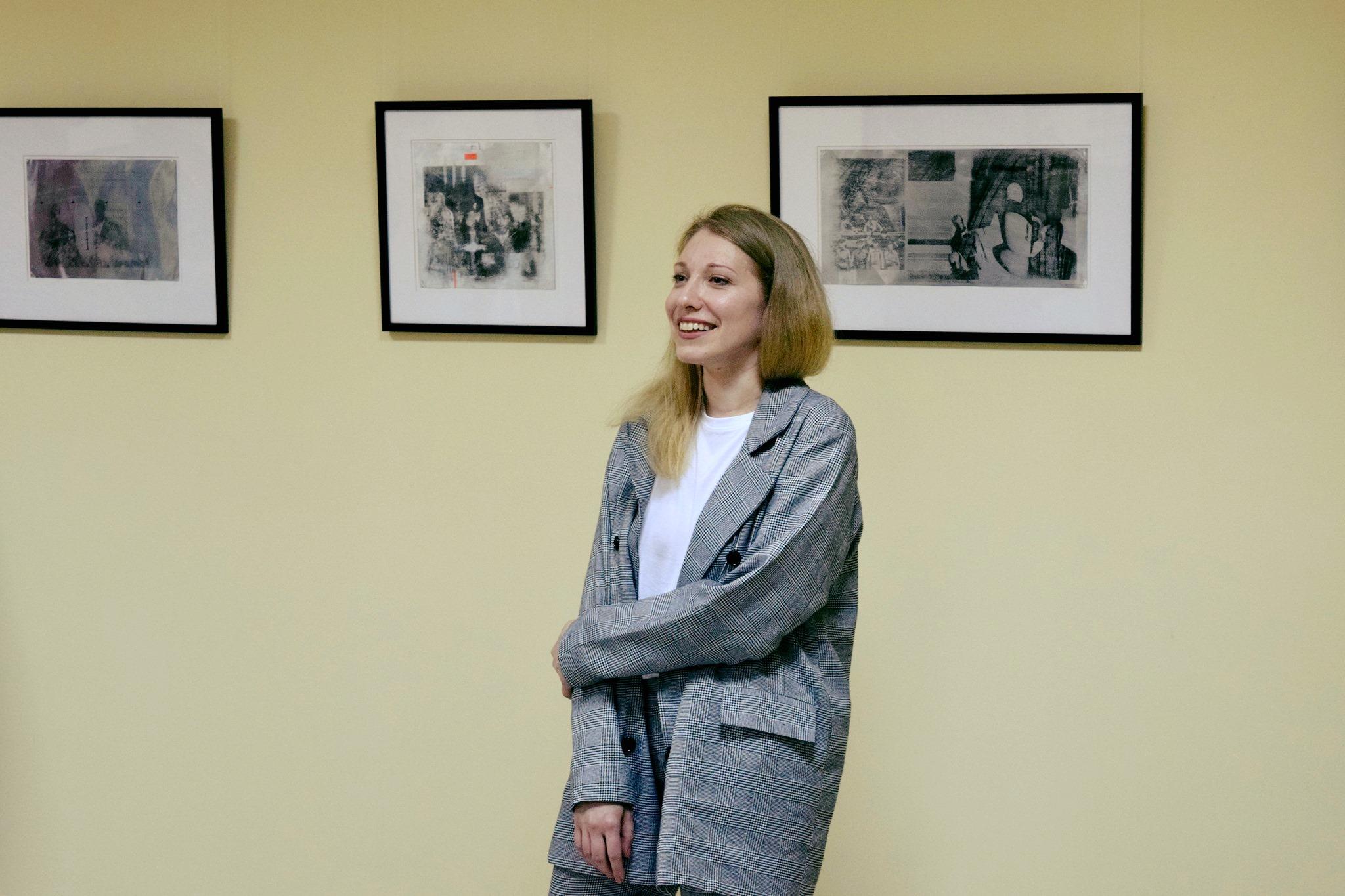 Папір і метал: у Франківську відкрили виставку оригінальної графіки 6