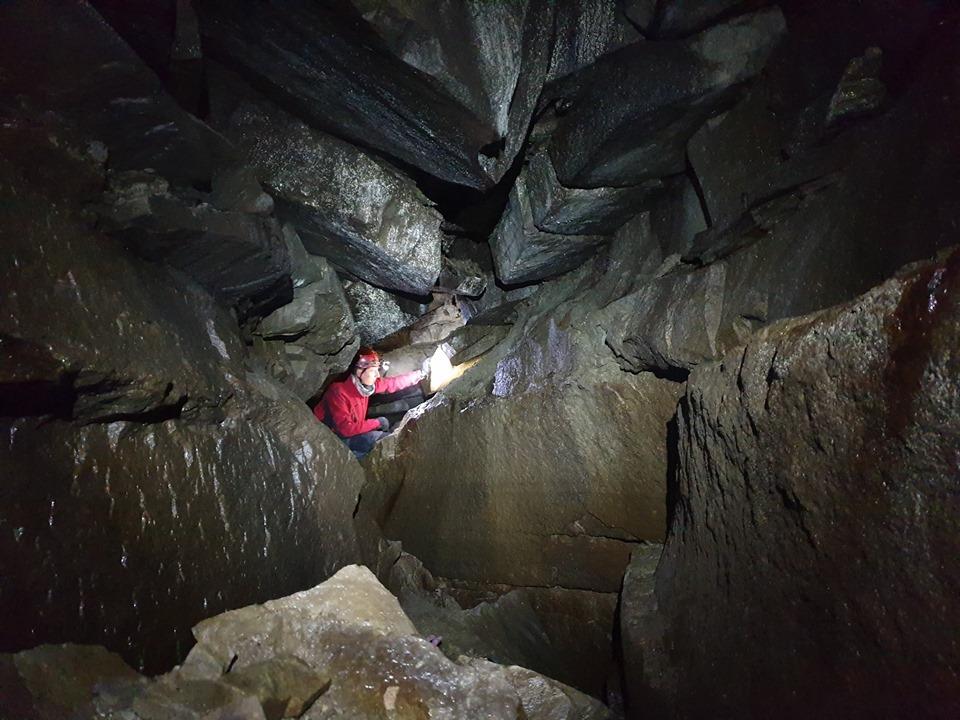 200 м ходів: під горою Піп Іван дослідили печеру 8